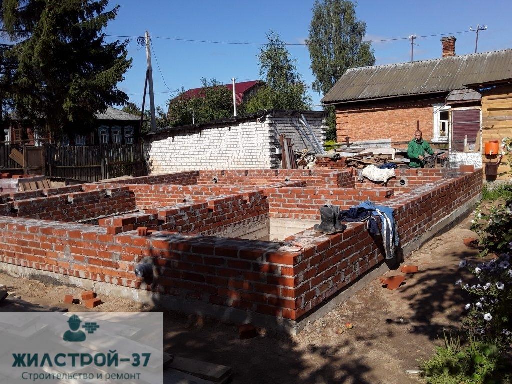 Монтаж свайно-ростверкового фундамента в Кинешме.