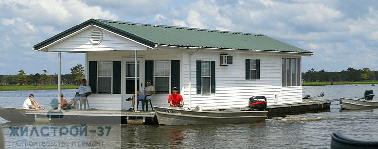 Строительство плавающих домов.