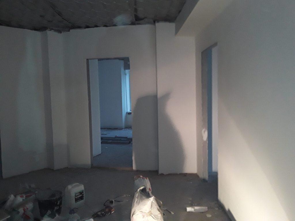 Штукатурка и шпатлевка стен